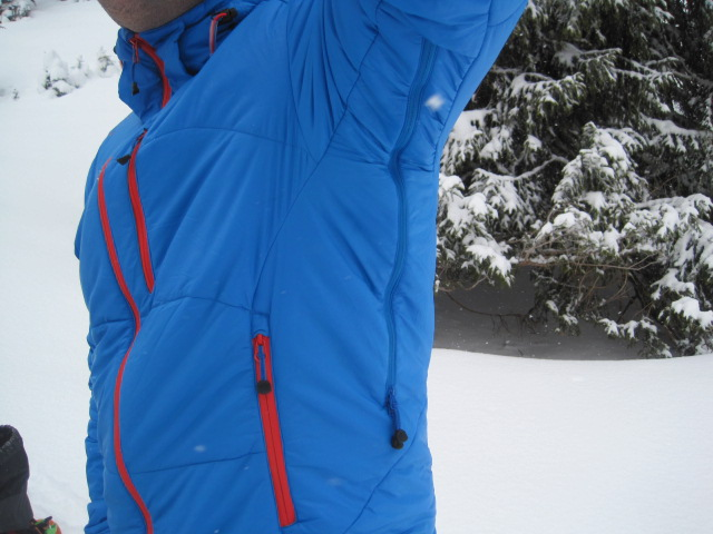 Die R'ADYS R5 Insulated Jacket im Test