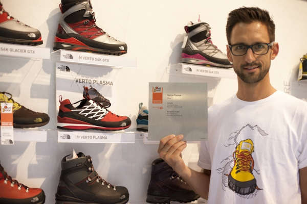 Der The North Face® Verto Plasma erhält den OutDoor Industry Award 2012 in der Kategorie Schuhe